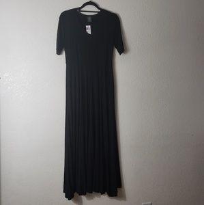 NWT : Austen Dress by Agnes & Dora